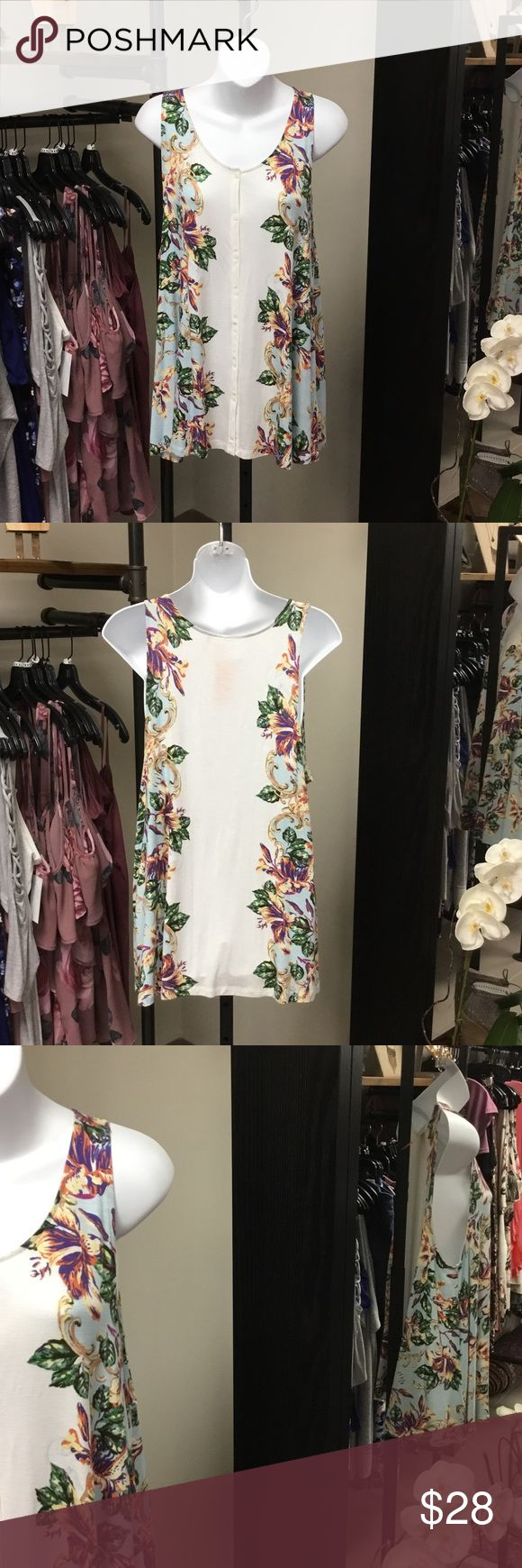 Anemi & Kin button down sleeveless top Floral detail button down amendment & kin top in great condition. Mark on label. Very deep side cut as pictured. Tops Button Down Shirts