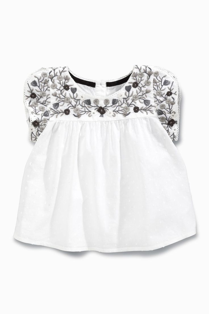 Buy White Embellished Blouse 3mths 6yrs Online Today At Next Deutschland T Shirts Fur Madchen Kleidung Madchen Shirts