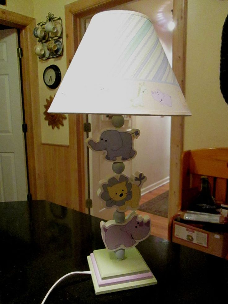 CHILDREN'S WOODEN TABLE LAMP Swiveling  Zoo Animals with Matching Shade $28.99