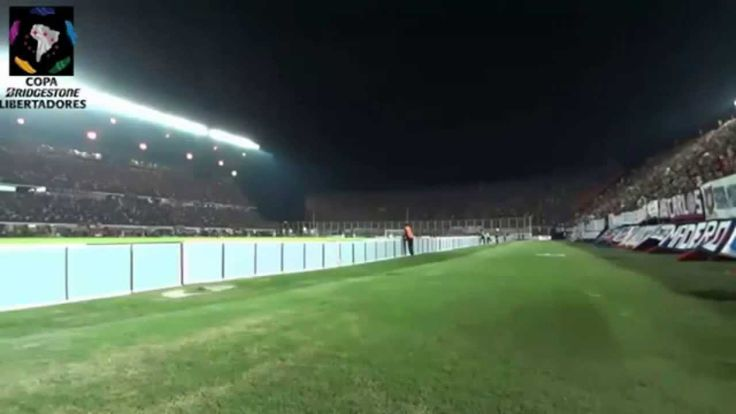 Ovni aparece durante partido de la Copa Libertadores 24 Abril 2014