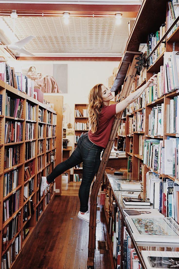 Bookstore Love In 2020 Books Book Girl Bookstore