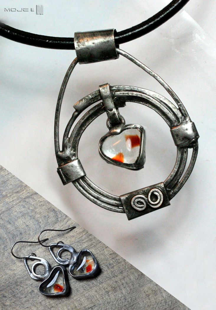 Komplet - prawie celtycki / Almost Celtic. Kolczyki i wisior / Earrings and pendant. Glass fusing, Tiffany jewelry. Moje MW