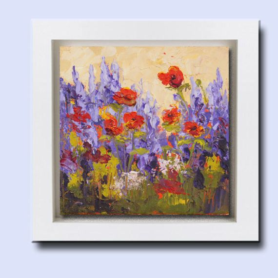 UK Mothers Day 15th March. An impressionistic floral oil painting. Painted with a palette knife this small painting has lots of tactile texture. This original, small painting would make a great gift, especially for a flower girl, bridesmaid or maid of honor. Lavander and Poppes,