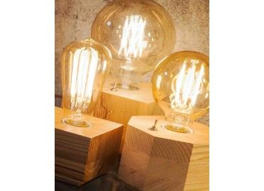 Lampe à poser tendance socle bois et ampoules à filaments KOBE signée IT'S ABOUT ROMY en vente chez www.ksl-living.fr