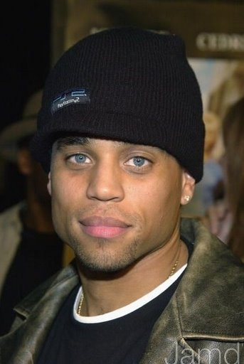 Michael Ealy... can i have him please??