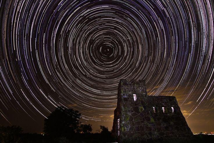 The eye of Polaris makes for an otherworldly sky.  http://j.mp/12TMxu3