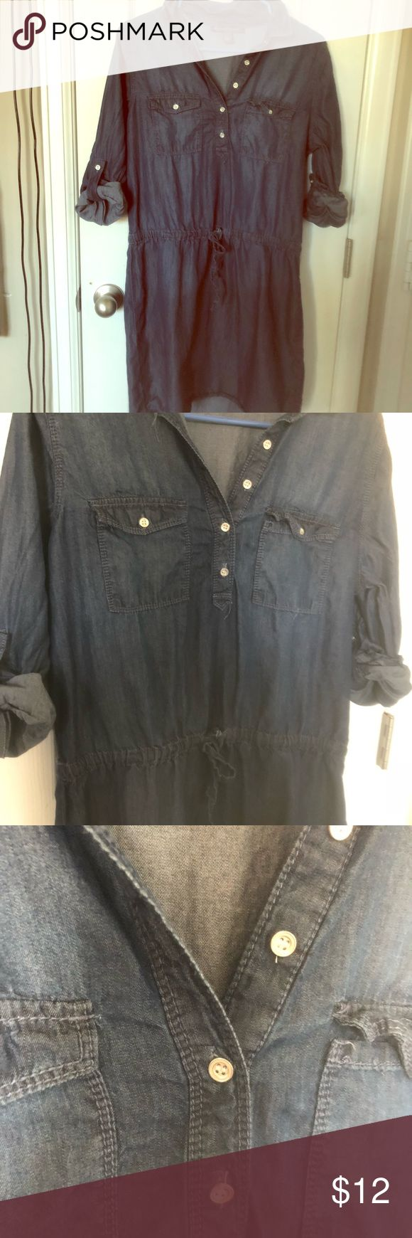 Casual denim soft dress Casual dress great with leggings! Drawstring waist to give you an hourglass figure Gloria Vanderbilt Dresses Mini