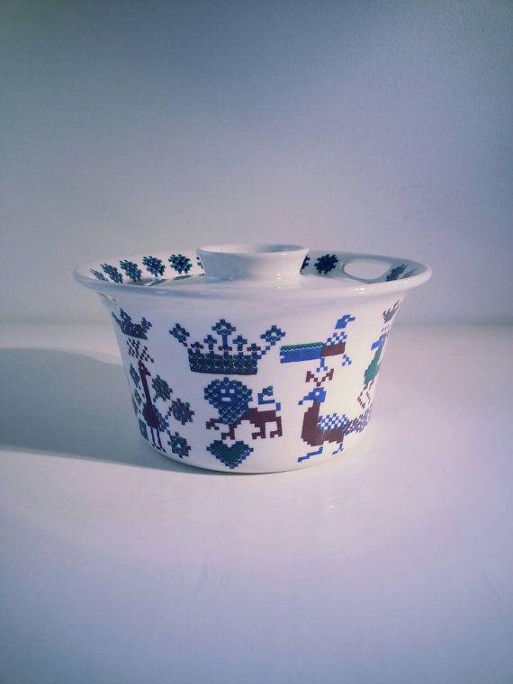 Vintage Figgjo Flint Turi Design Noway Lidded Casserole decor Menu..