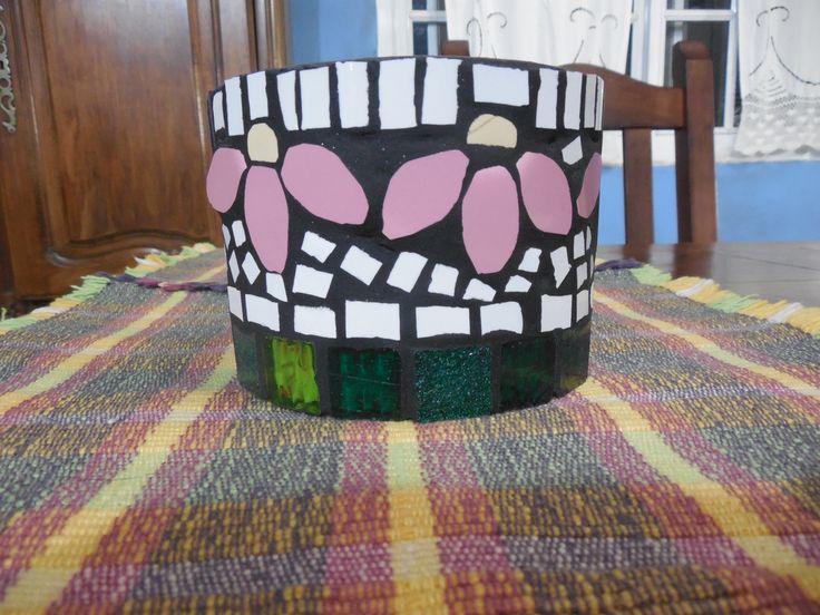 maceta en mosaico