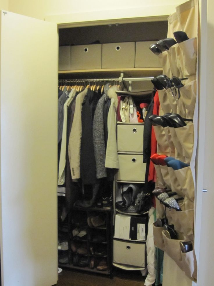 Simple Wall Mounted Hanging Shoe Storage In Closet Ideas