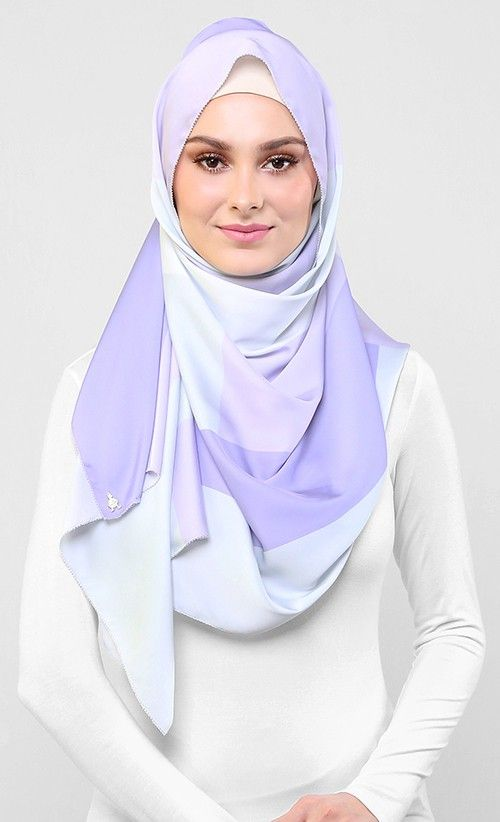 aere x dUCk Scarf in Lavender