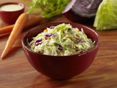 Coleslaw Recipe That Balances Tangy with Sweet
