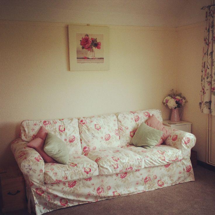 10 Best Images About Floral Living Room On Pinterest