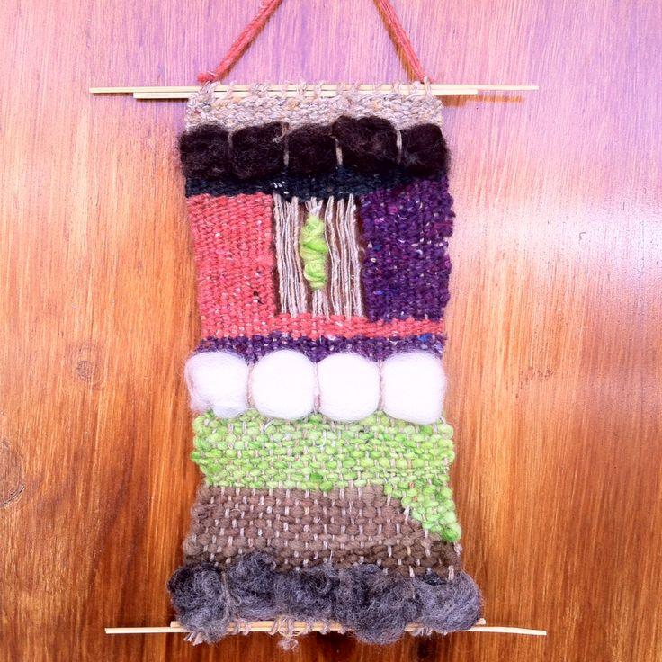 Telar decorativo, lana de Chiloe y La Ligua, madera de Quilpue.☀️