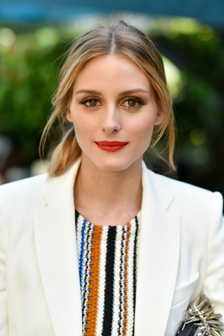 Olivia Palermo and her perfect cocktail party red lips