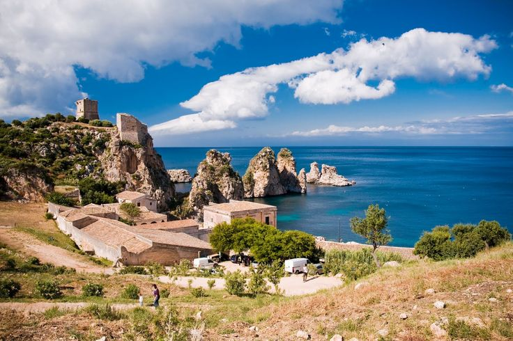 Just one vacation trip of #ExcursionsInSicily is of course not sufficient to appreciate to the full its riches. https://goo.gl/xKP7VW
