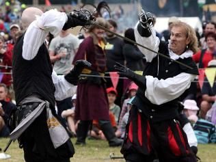 My fabulous assistant Tevi Romanin is part of this group - Prima Spada, great to watch at the Abbey Medieval Festival