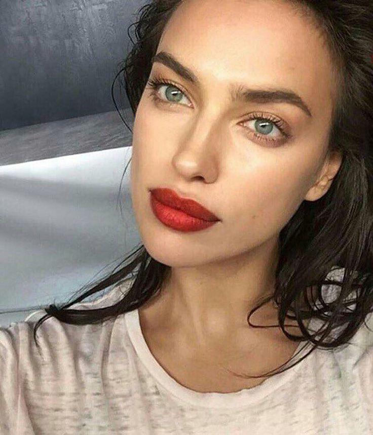 Rote Lippen & feuchte Haut – #feuchte #Haut #Lippen #rote – #Lippenstift
