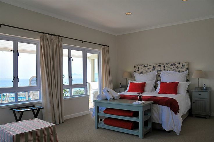 Self catering accommodation, Simon's Town, Cape Town   Bedroom 4 view from the front   http://www.capepointroute.co.za/moreinfoAccommodation.php?aID=48