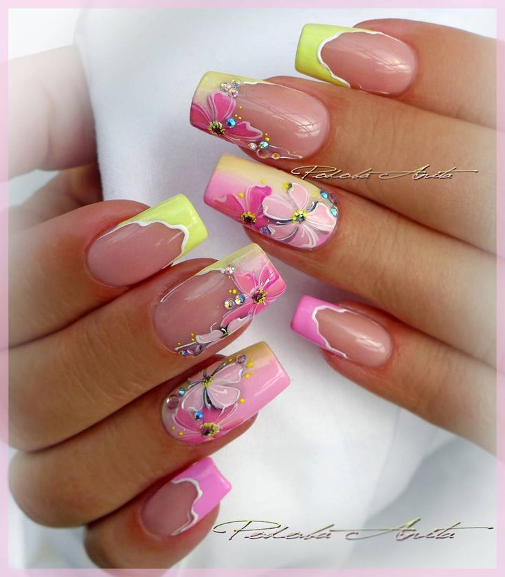 Salon nails with gel painting.