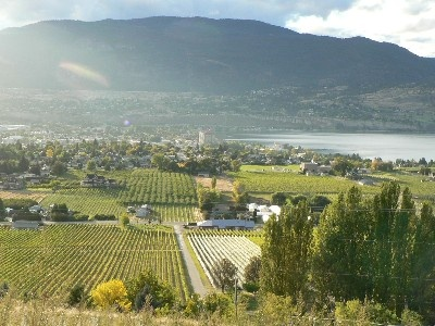 Penticton Guest House. BC wine country.