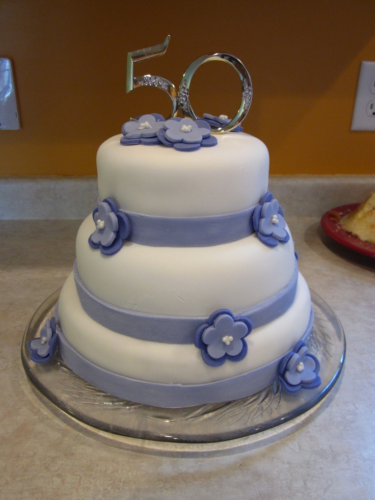 wedding cake on anniversary fondant 50th wedding anniversary creative cakes 23337