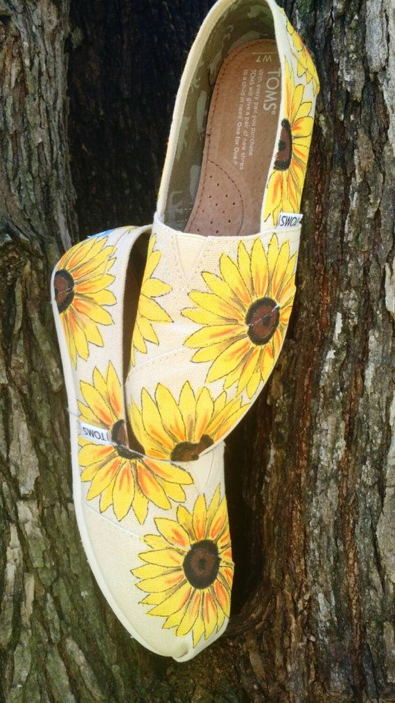 Natural Sunflower Custom/Hand Painted Womens/Girls Spring/Summer/Wedding TOMS Shoes