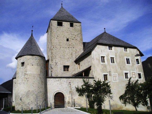 Castello di Tor - Italia