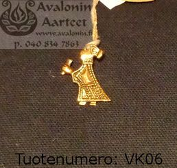 Viking age jewel, bronze: Valkyria 2 / Viikinkiajan pronssikoru: Valkyria 2