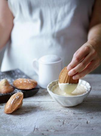 Hazelnut madeleines with frangelico cream