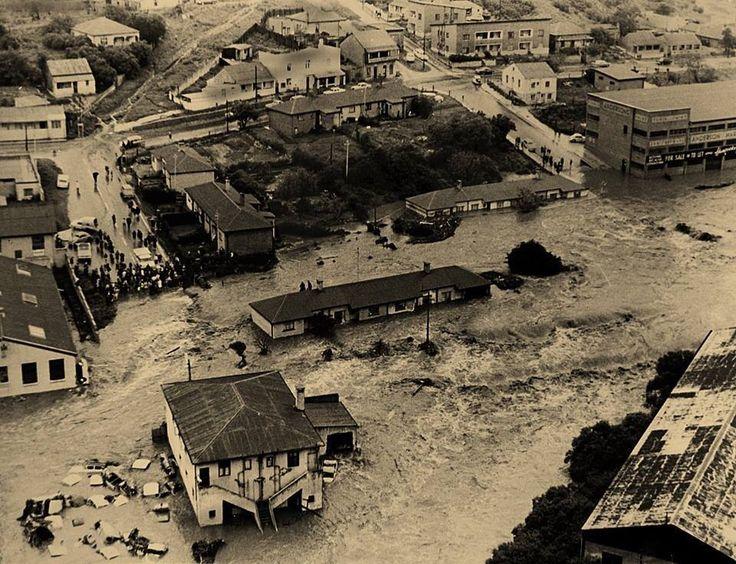 PE floods 1968
