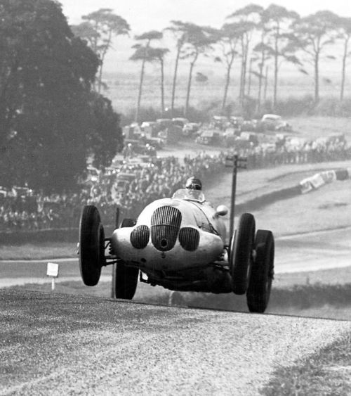 Hermann Lang in the winning Mercedes W125 at the 1937 Tripoli Grand Prix