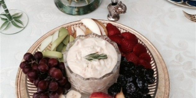 Apricot Fruit Dip with fresh fruit