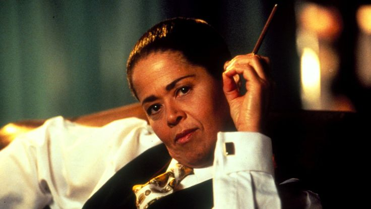 Jon Winokur‏t @AdviceToWriters     It's such a confidence trick, #writing a #novel. The main person you have to trick into confidence is yourself.  ANNA DEAVERE SMITH