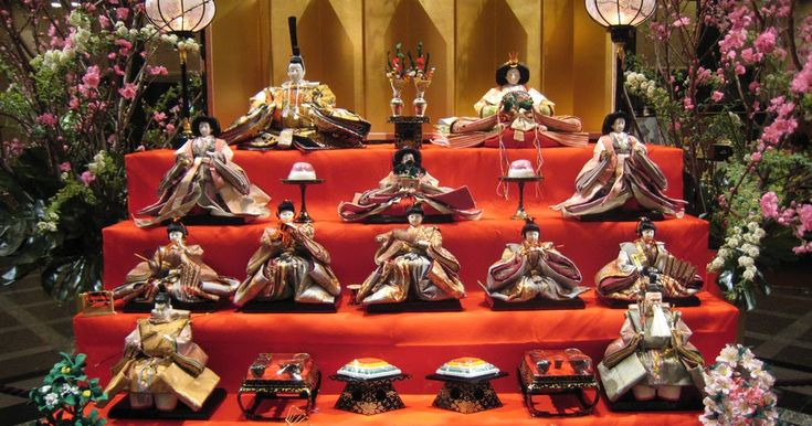 """Hinamatsuri - Doll Festival or Girl'sDay """"Some of you who really like to read Manga might be know about this Japanese Festival. It sometimes mentioned in Conan Meitantei Manga. It i..."""""""