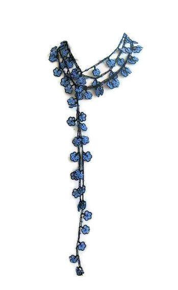 Ganchillo bufanda lariat con granos en azul por Iovelycrochet