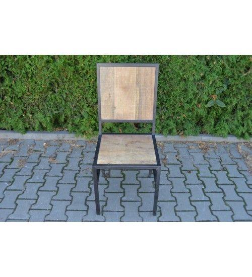 #Drewniane industrialne #indyjskie #krzesło #chair @ http://www.indianmeble.pl/meble-loftowe  #meble #loftowe