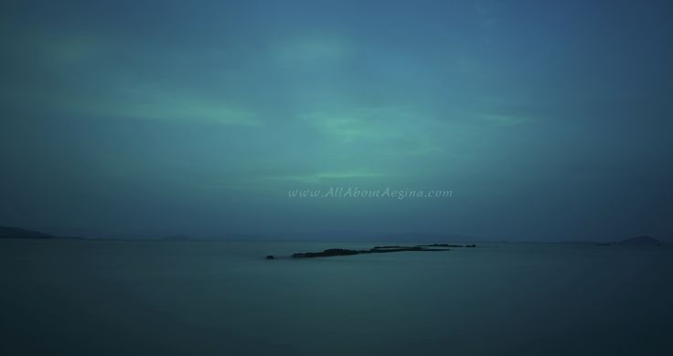 Let the mystery of Aegina travel you...