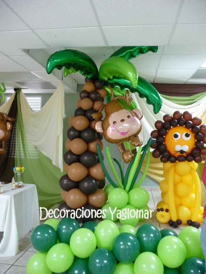 17 best images about balloons jungle safari on for Animal themed bathroom decor