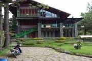 VILLA  Tiramizzu - Villa 4 Kamar Di Lembang Yang Cocok Untuk Gathering & Kumpul Keluarga Besar