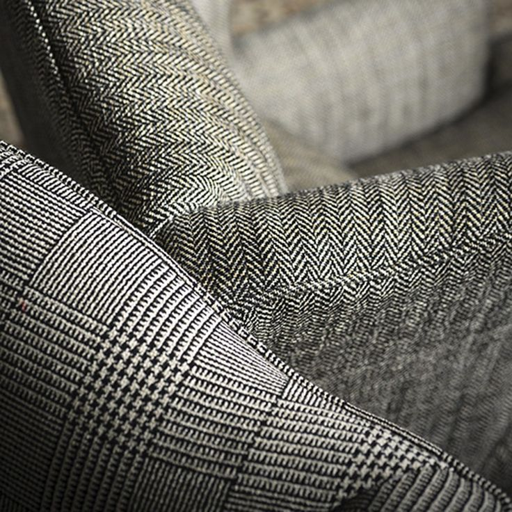 SOFT TWEED by Dedar -The herringbone motif and hardwearing quality of tweed are presented in this comfortable version for upholstery applications. Linen and viscose chenille confer a soft hand and delicate luminosity to this fabric.