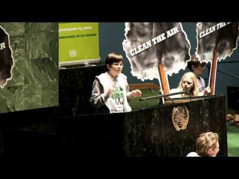 Felix Finkbeiner addresses United Nations with speech to open the International Year of Forests 2011 - YouTube