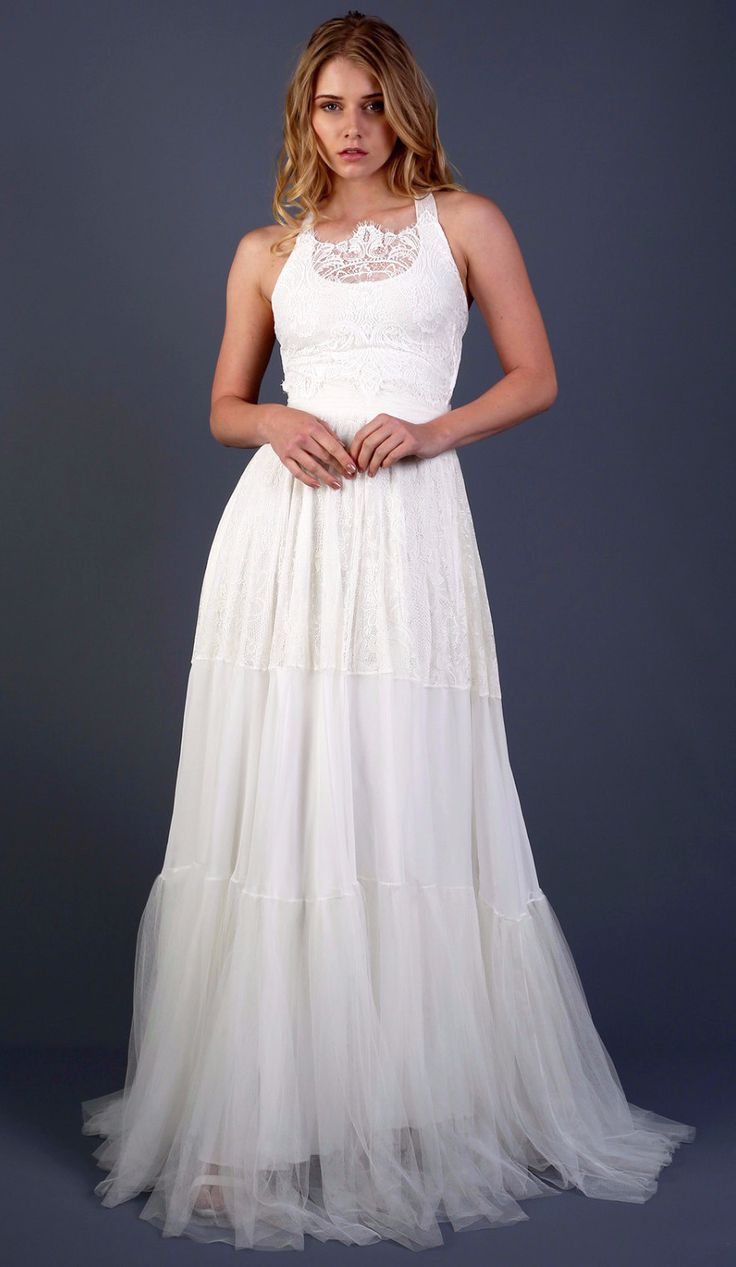 Shop Affordable Scoop Neck Sleeveless A Line Lace And Tulle Wedding Dress At June Bridals Over 8000 Chic Bridesmaid Prom Dresses More Are On