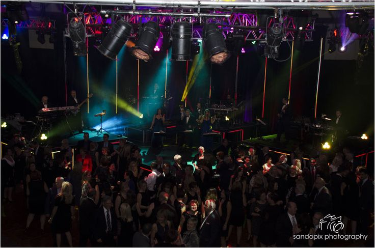 The Showmen Orchestra For your Event call us! 1.450.667.0631 Www.theshowmen.com  Info@theshowmen.com