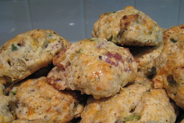 Bacon and Cheddar Scones | I'm Baking Challenged! | Pinterest