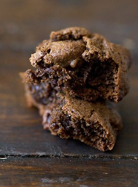 Triple Chocolate Espresso Bean Cookies Recipe - there are no words...Chocolate Chips, Espresso Beans, Beans Cookies, Chocolates Cookies, Cookies Recipe, 101 Cookbooks, Triple Chocolates, Espresso Cookies, Espresso Chocolates