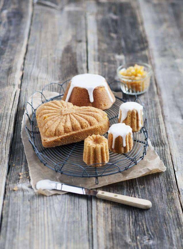 Gräddade i olika små formar får du personliga och fina sockerkakor. Små plåtformar hittar du på loppisar eller i affärer med köksutrustning.