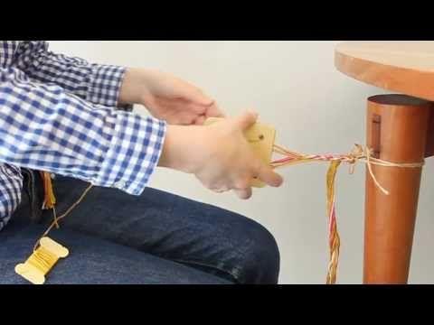 カードでできる小さな手織り 織り模様がかわいい ブレスレットの会 - YouTube