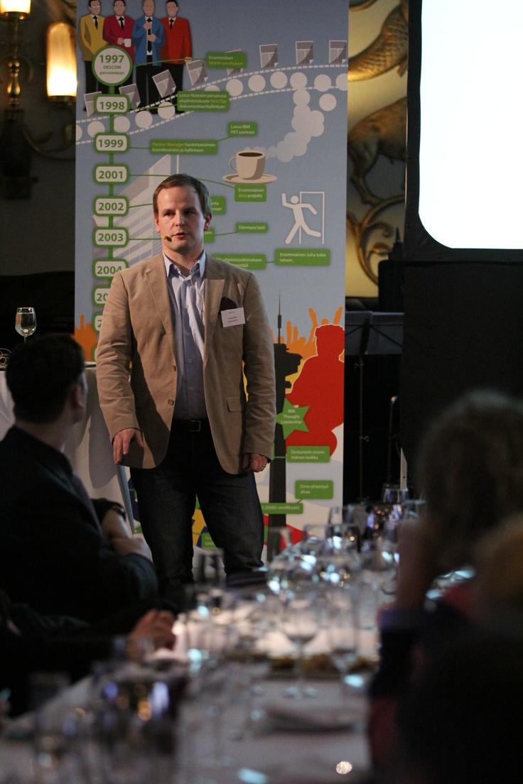 Konecranesin Kalle Rosti kertoi sisäiseen viestintään ja varjo-IT:hen liittyviä oivalluksiaan.