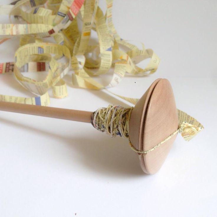 """LIMITED EDITION / Fuso """"Trottola"""" in legno di noce : Altri accessori per creazioni di cartalana"""